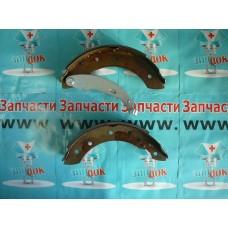 Колодки тормозные задние барабанные (203*38) (0986487585) аналог 7701208111